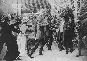 Czolgosz shoots President McKinley