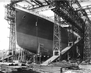 RMS_Titanic_ready_for_launch,_1911