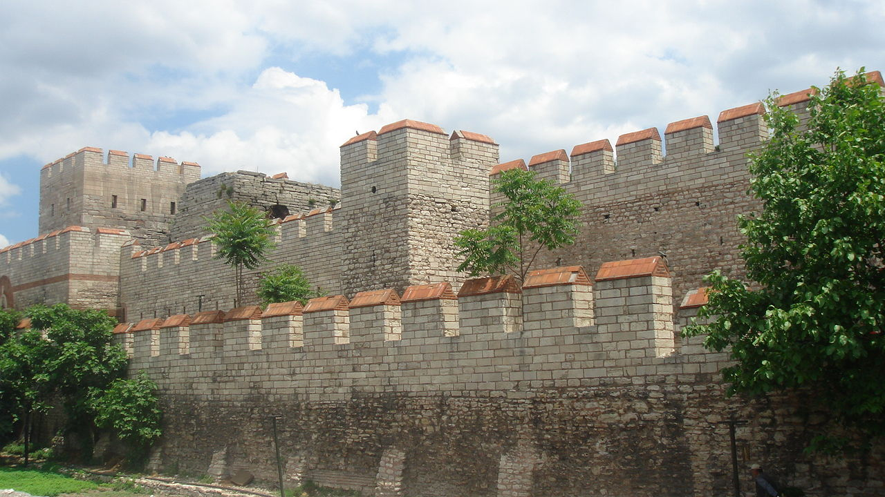 1280px-Walls_of_Constantinople